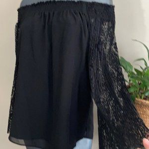 NWT NANETTE LEPORE pleated flare bell sleeve